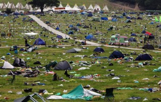 The Big Clear Up Begins After Glastonbury 2009