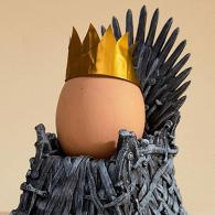 Iron-Throne-Egg-Cup-king_grande