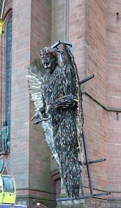 348px-Knife_Angel_installation_5